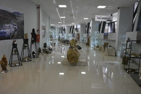 Inauguration Galerie Des Mines De Madagascar - 3